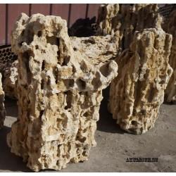 Песчаник пещеристый